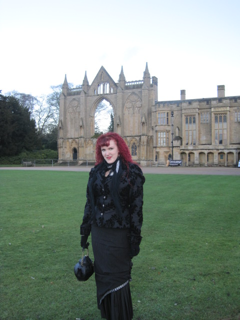 Lisa and the Abbey