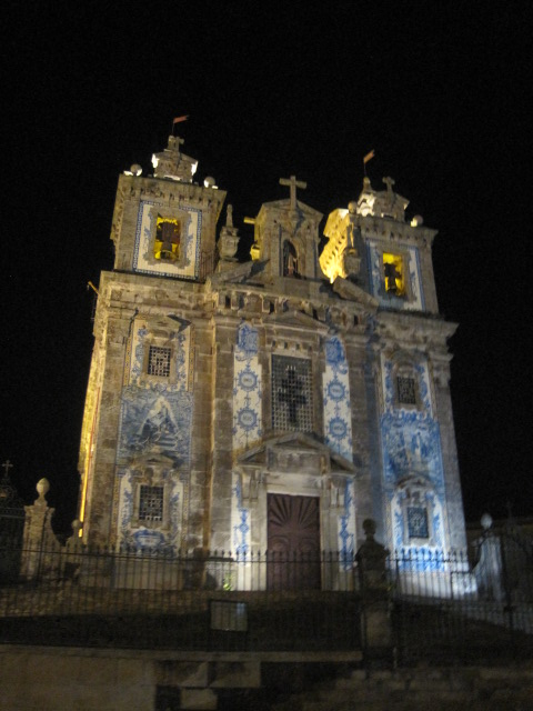 Hauntingly lovely Igreja de Santo Ildefonso, Porto