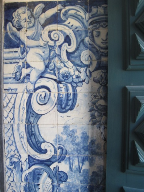The blue and white of the azulejo