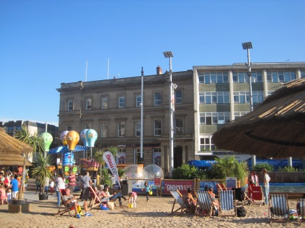 In sunny Market Square the seaside had come to visit.