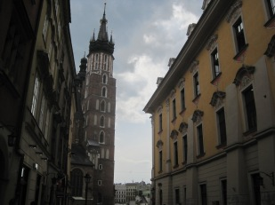 Looking up at the church towers from Ul. Grodska
