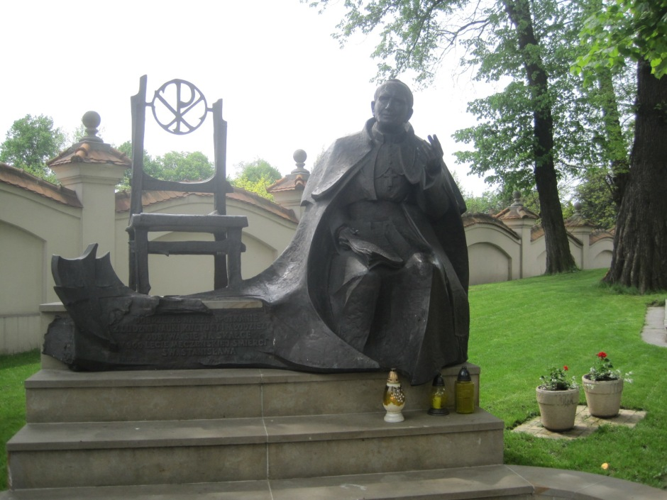 Statue of John Paul II in the grounds of na Skalce