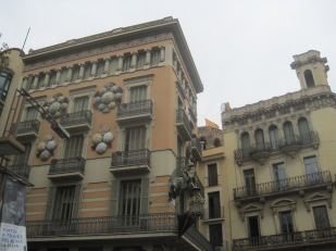 The exciting architecture of the Rambla