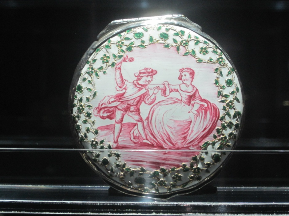 Remember the snuff box? Here's another!