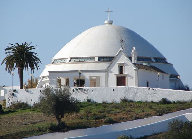 Nossa Senhora da Piedade- courtesy of Wikipedia
