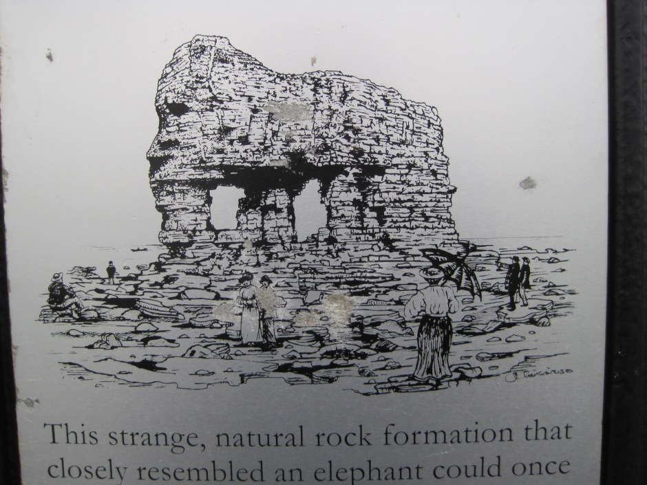 Elephant Rock, which collapsed in 1891