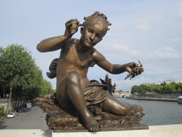 One of the delightful statues on Pont Alexandre III