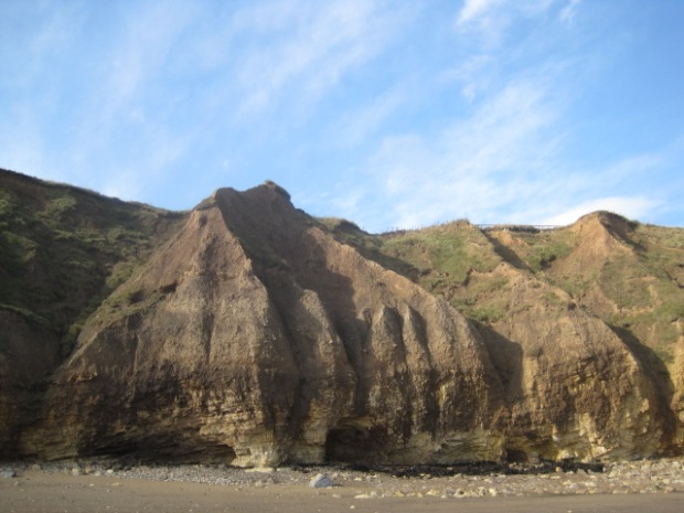 The strange shapes of the cliffs