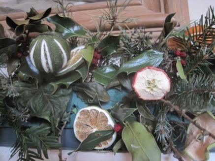 Dried fruit arrangement