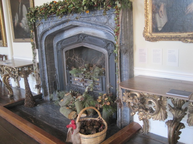 The grand fireplace and very special tables