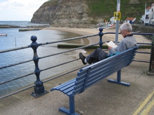 Benches for readers