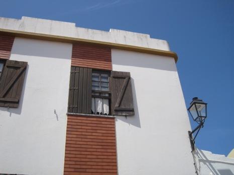 Simple facades