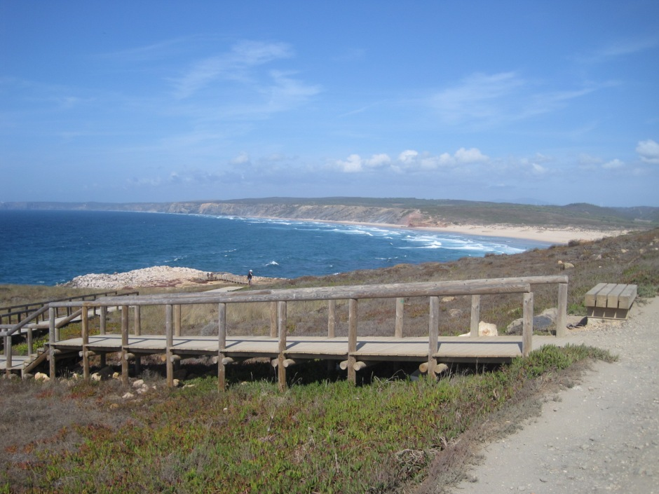 There are plenty of boardwalks to get closer to the cliff edge