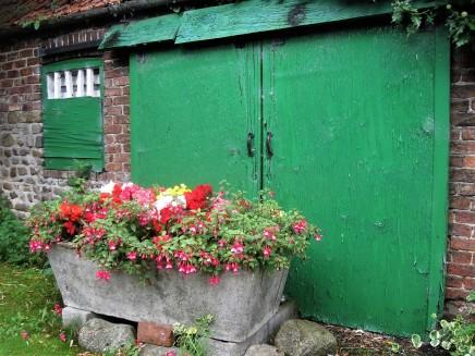 Such an attractive barn door