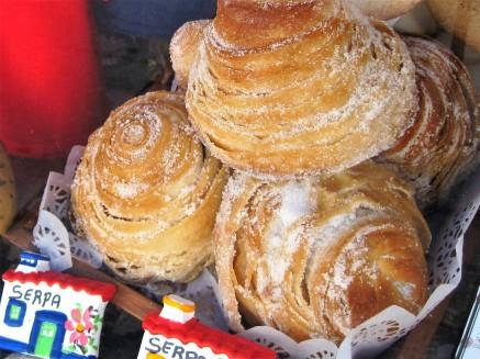 Sticky pastries