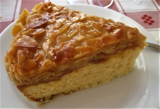 A crispy almond topped cake