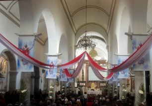 Igreja Matriz, Sao Bras, on Easter Sunday