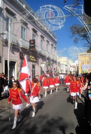 Swift stepping marching girls